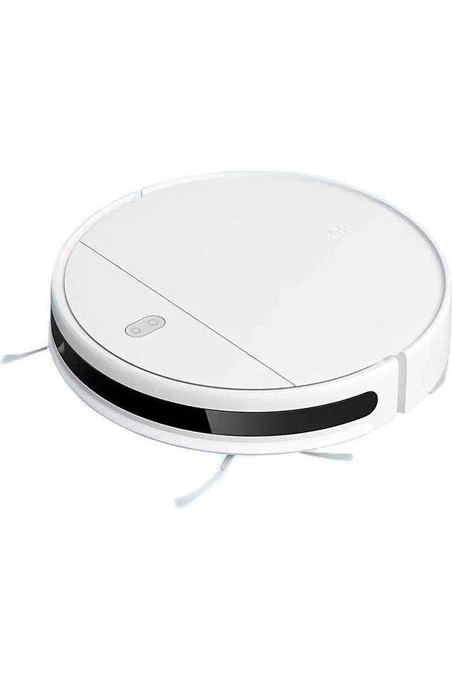 1. Bu ara her evin gözdesi olmaya aday robot süpürgelerde şahane indirimler var. Benim önerim Roborock S5 Max eğer bütçeniz müsaitse... Yoksa da Xiaomi'nin bu modeli şu anda 2027 TL!