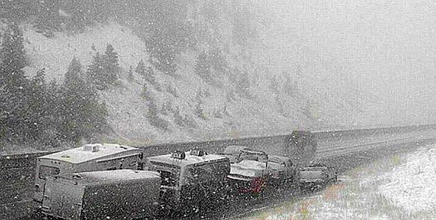 Amerika Birleşik Devletleri'ndeki Montana ve Colorado eyaletlerinde oluşan kutup girdabıyla hava sıcaklığı bir anda 30 derece birden düştü!