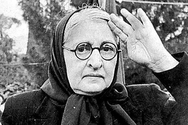 10. Halide Edip Adıvar (1884-1964)
