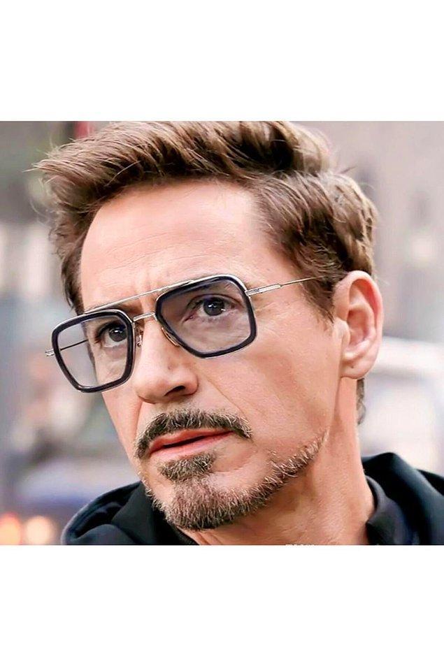 13. Bu unisex gözlüğün renksiz camlı olanı da var. Siz hangisini daha çok beğendiniz?