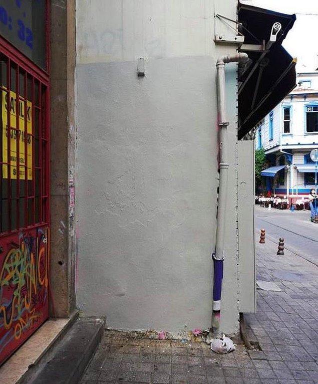 Ve duvar işte böyle oldu :(