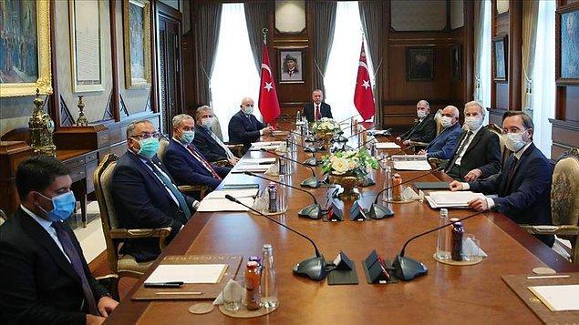 Son olarak Erdoğan ile toplantıya katılmıştı.