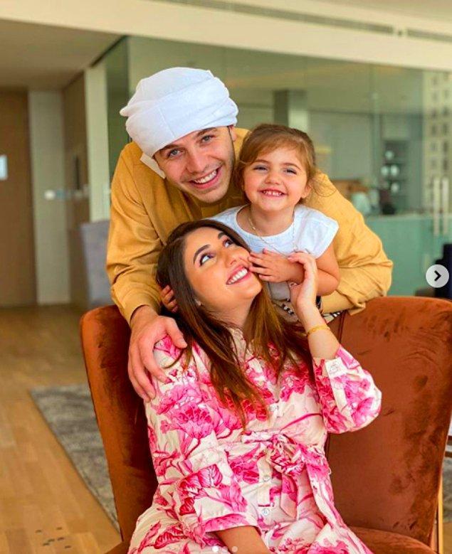 Birleşik Arap Emirlikleri'nde yaşayan YouTuber çift Anas ve Asala Marwah, 2. çocuklarının cinsiyetini öğrenmek için oldukça lüks bir yol seçti.
