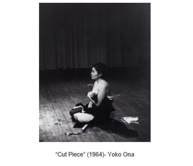 """""""Cut Piece"""" kendine özgü çalışmasında sanatçının kendisini cinsel bir nesne olarak sunarak cinsel şiddeti eleştirmiş ve izleyicisine sorgulatmıştır."""