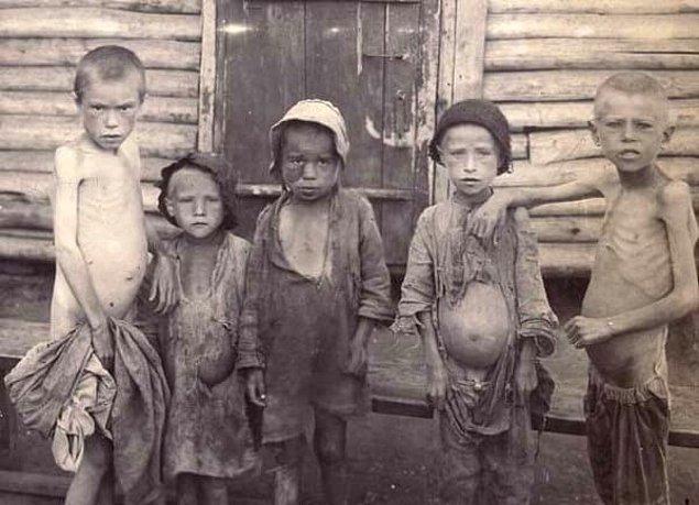 İnsanlar her geçen gün ölmeye devam ederken, eyalet hükûmeti herhangi bir kıtlığın olduğunu reddediyordu.