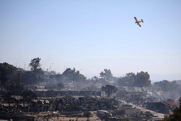 Kamp geçtiğimiz çarşamba günü çıkan yangınlar sonrası kullanılamaz hale geldi.