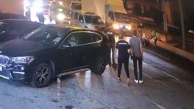 Hafif şekilde yaralanan kadının yardımına çevredeki vatandaşlar koştu.