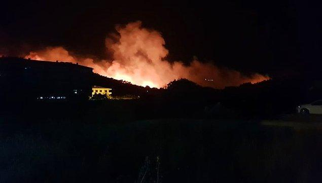 Balıkesir Valisi Hasan Şıldak, yaptığı açıklamada, ekiplerin yangına hızlı şekilde müdahale ettiğini söyledi.