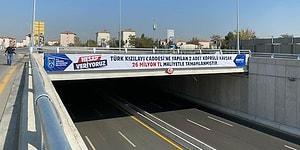 İlkleri Gerçekleştirmeye Devam Ediyor: Mansur Yavaş, Köprülü Kavşakların Maliyetini Pankartlarla Duyurdu