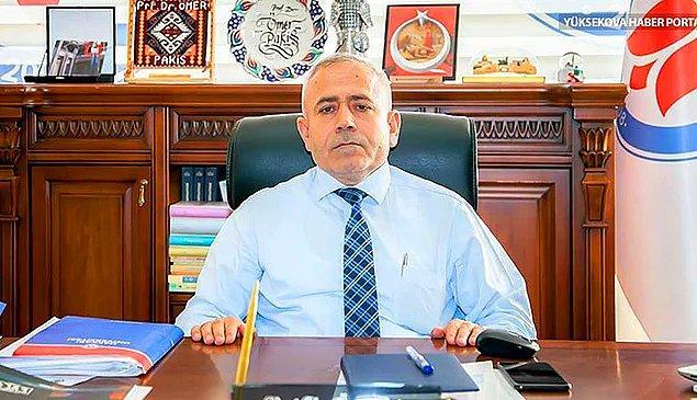 3. Hakkari Üniversitesi Rektörü Ömer Pakiş'in araştırma görevlisi olmayı hak eden 28 adayı elettirip oğlunu işe aldırması...