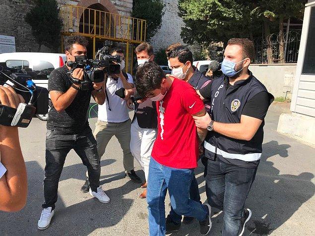 Saldırgan Furkan T. ise polis ekipleri tarafından gözaltına alınarak karakola götürüldü.