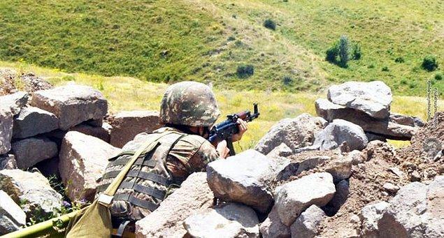 Ermeni güçlerinin, Azerbaycan sivil yerleşim birimlerine ateş açması üzerine Azerbaycan ordusu karşı saldırı başlattı.