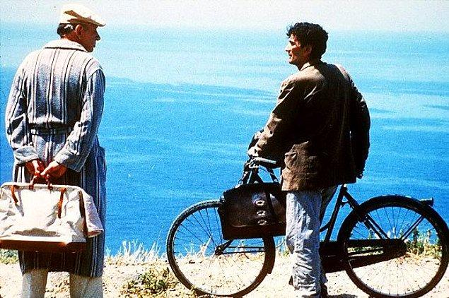 "4. ""Postacı"" (1994)"