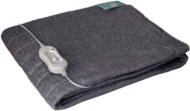 4. Elektrikli battaniye bana çocukluğumu hatırlatıyor, yatağa girdiğinizde ilk hissettiğiniz üşümeyi, sıcacık battaniyenin altında uyumak alabilir.