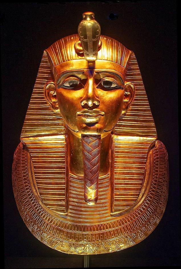 8. Antik Mısır'da bir insanın gerçek ismi hayatı boyunca gizli tutulurdu.