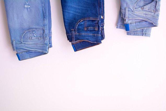 13. Geçmişin Batılı figürü kot pantolonlar
