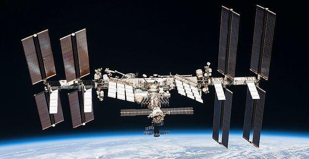 Uzay araçlarının önemli bileşenlerinden olan kütle hacmi ve güç kullanımını optimize etmek, tasarımın en büyük anahtarı...