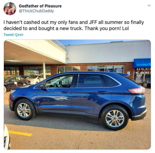 """16. """"Tüm yaz Only Fans'daki paramı nakite çevirmedim. Sonunda yeni bir araba almaya karar verdim. Teşekkürler porno!"""""""