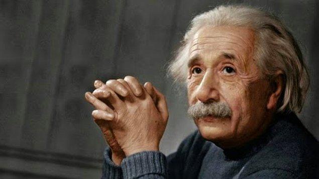 7. İnanılanın aksine Einstein okulda matematikten kalmamıştı. Ama okula giriş sınavını ilk seferde geçememişti. Gerçi diğer tüm arkadaşlarından iki yaş küçüktü.