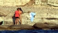 Yer Bodrum'un Haremtan Koyu: Çıplak Denize Girip Cinsel İlişkiye Giren Erkek Grubuna Baskın