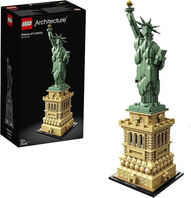 7. Lego'lar sadece çocuklar için değil, yetişkinler için de harika bir geliştirici ve eğlendirici hobi ürünü biliyorsunuz ki.