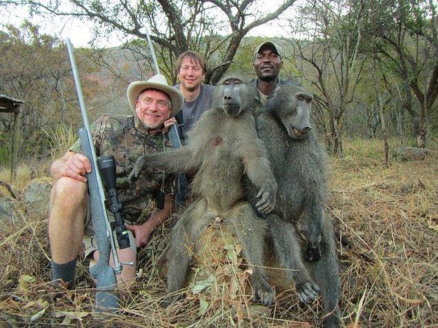 12. Nesli tükenme tehlikesi yaşayan hayvanlar bile parası ödenerek vurulabiliyor...
