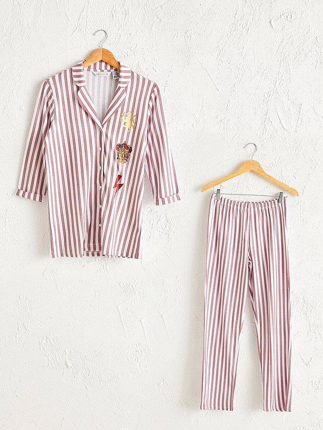 16. Harry Potter fanları burada mı? Bu tatlı pijama takımına biz bayıldık.