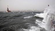 İstanbul'a Rüzgar Ve Yağmur Uyarısı