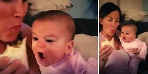 Biraz da Ona Versene: Annesinin Yediği Yemekten Gözünü Alamayan Bebek