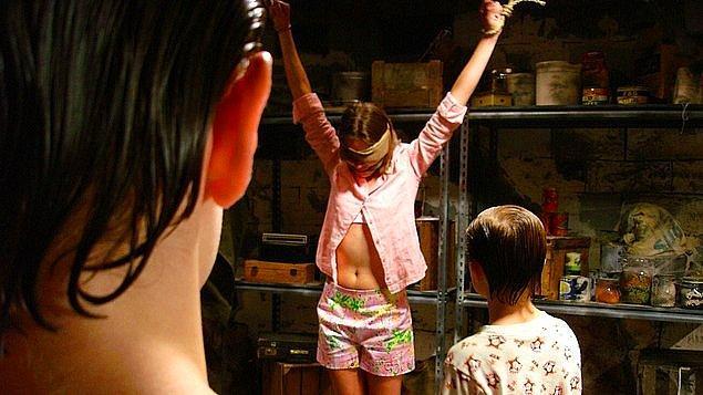 10. The Girl Next Door (2007)