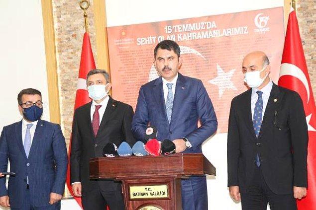 15:50 Çevre ve Şehircilik Bakanı Murat Kurum: Enkaz altında kalanlar var