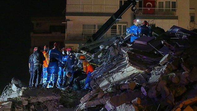 23:25 AFAD: Hayatını kaybedenlerin sayısı 17 oldu, 709 yaralı var