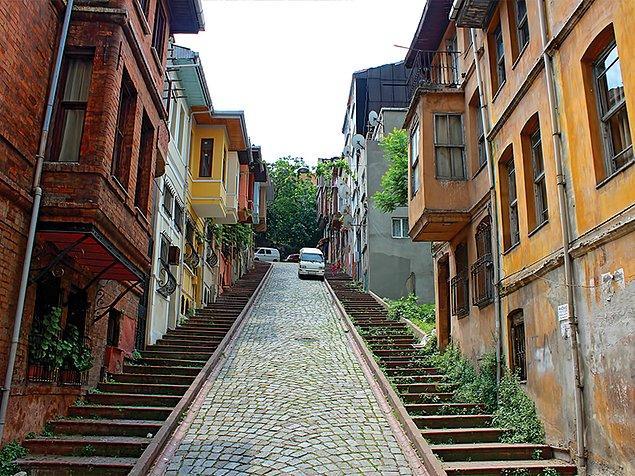 7. Tercih edeceğiniz sokağın gün içinde ne kadar sesli olduğunu gözlemleyin.