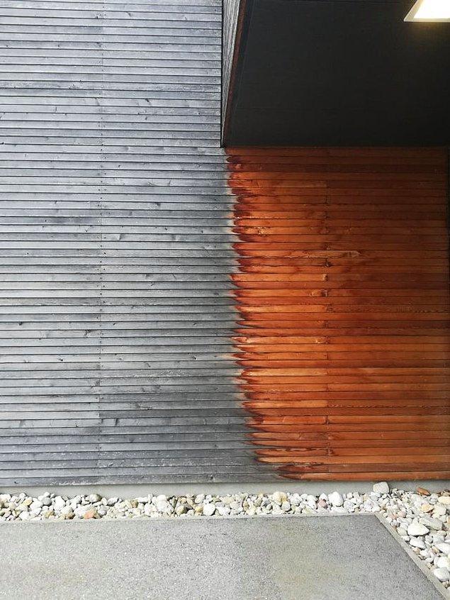 2. 10 yıl boyunca balkonun altında kalan ve kalmayan tahtaların inanılmaz değişimi: