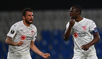 Helal Size Yiğidolar! Sivasspor İki Kez Yenik Duruma Düştüğü Maçta Karabağ'ı Devirdi