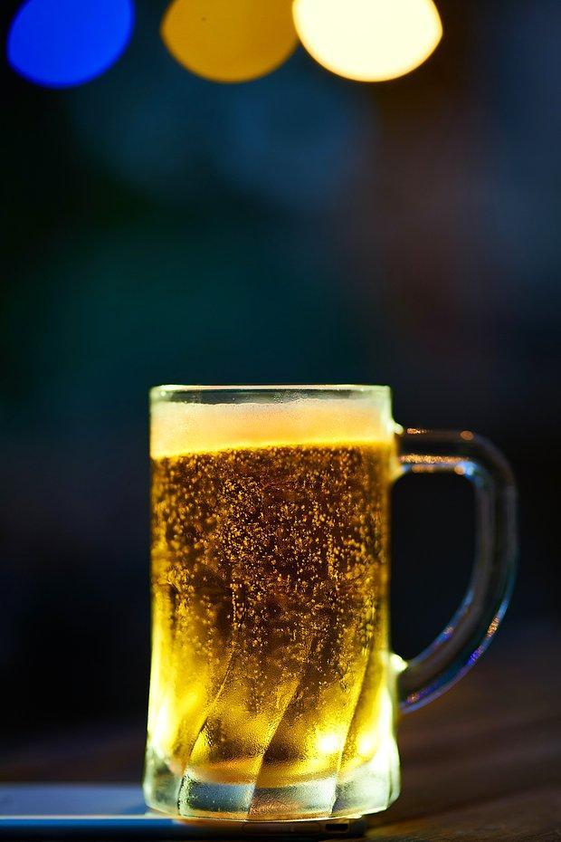 Ben bir bira alayım!