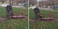 Köpek Dostunu Oyun Parkına Götüren Yaşlı Adamın İçinizi Isıtacak Görüntüleri