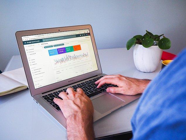 İnternet sitesi oluşturucuların fiyatları seçtiğiniz araca ve hangi planı seçtiğinize göre değişmektedir.