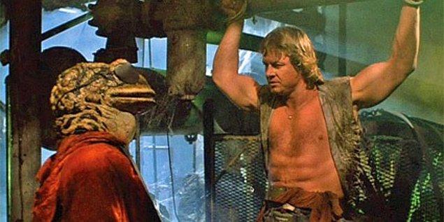 9. Hell Comes to Frogtown - Nükleer savaş sonrası evrimleşmiş pislik kurbağa adamlardan kadın kurtarma operasyonu!