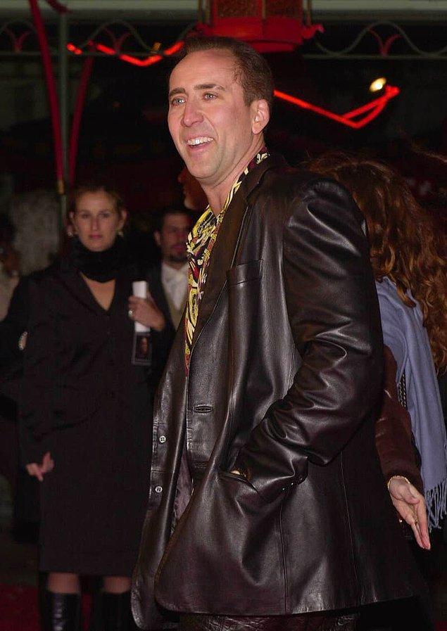 20. Nicholas Cage zamanında kedisi ile mantar kullanmıştır.