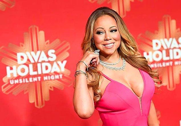 """42. Wall Street Journal, Mariah Carey'in """"AIl I Want for Christmas Is You"""" adlı şarkısının sadece Noel döneminde 1 milyon kazandırdığını tahmin ediyor."""