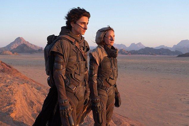 7. DUNE'un bir seriye dönüşme ihtimali olduğu için Warner Bros. filmi HBO Max'te gösterime koymaktan vazgeçmek üzere.