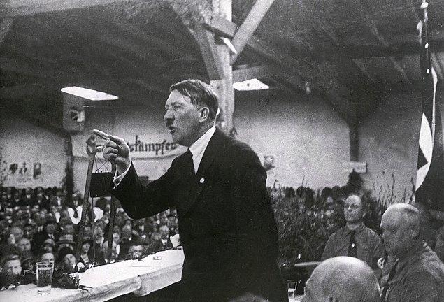 10. Hitler, 5 sene hapis cezasına çarptırılmıştı.