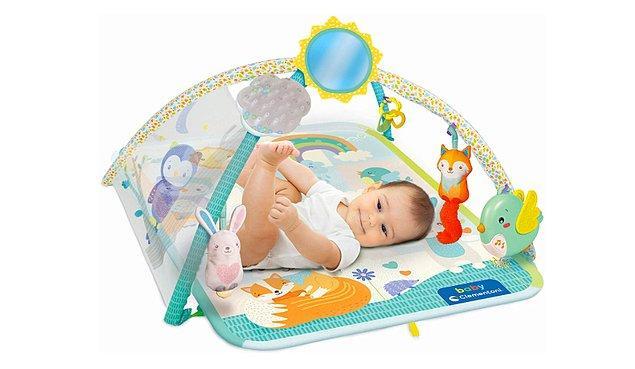 14. Bebeğinizin kendi başına vakit geçirmesine yardımcı: Jimnastik merkezi.