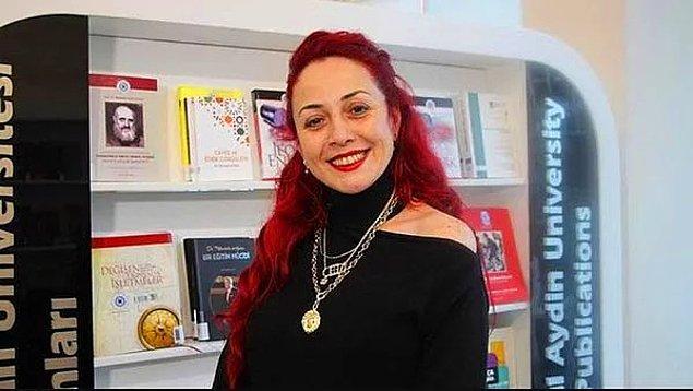 2. Öğretim görevlisi Aylin Sözer'in bıçaklanarak öldürüldükten sonra yakılması...