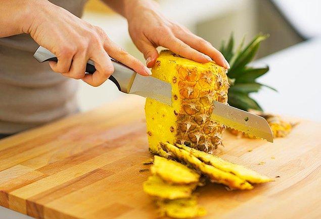 11. Tüm temizliğe rağmen halen kötü koku sorunu yaşıyor veya daha iyi kokmak istiyorsanız besinlerinize de dikkat etmelisiniz.