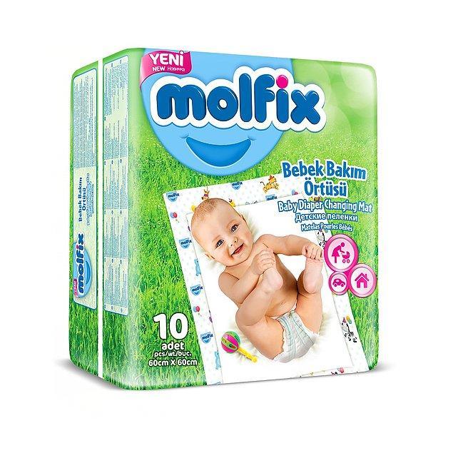 19. Bebeğinizin altını her zaman ev konforunda değiştirmeyeceğinizi düşünecek olursak tek kullanımlık bu bezler oldukça kullanışlı.
