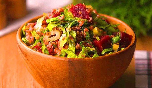 8. Pancarlı Karabuğday Salatası Tarifi: