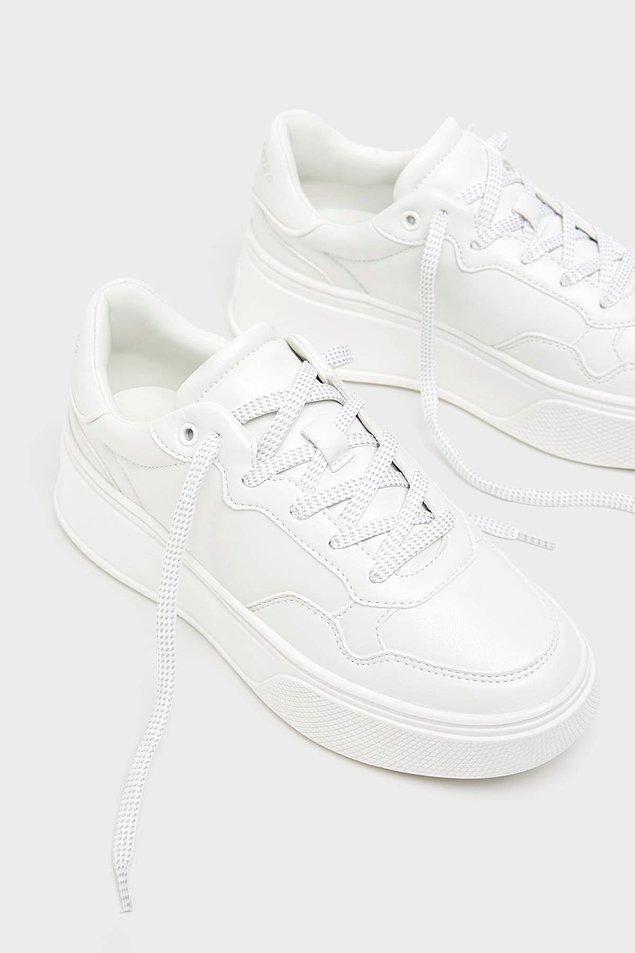 6. Sneaker almanın şimdi tam zamanı!