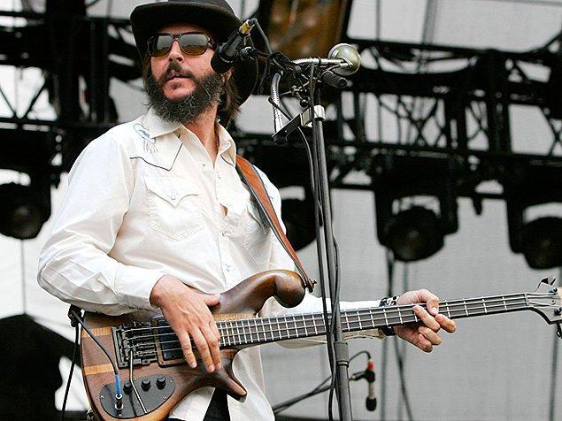 """14. Burton'ın vefatından sonra gruba alınacak bas gitarist için seçmelere katılan Les Claypool, James Hetfield'ın """"Dostum sen bize göre fazla iyisin."""" gerekçesiyle gruba alınmamıştır."""